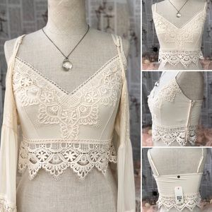 NWT soft knit crop top with boho lace trim